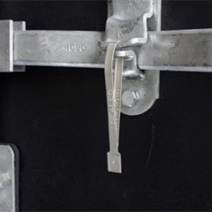 guardlock-metal-security-seal-securing-trailer-doors