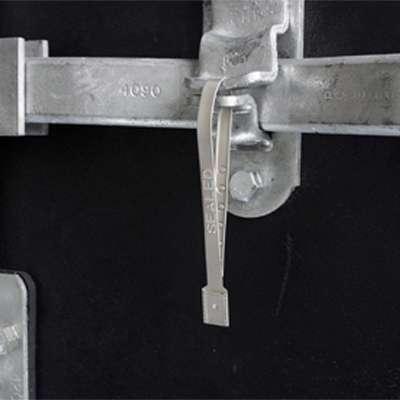 guardlock-metal-security-seal-securing-trailer-doors
